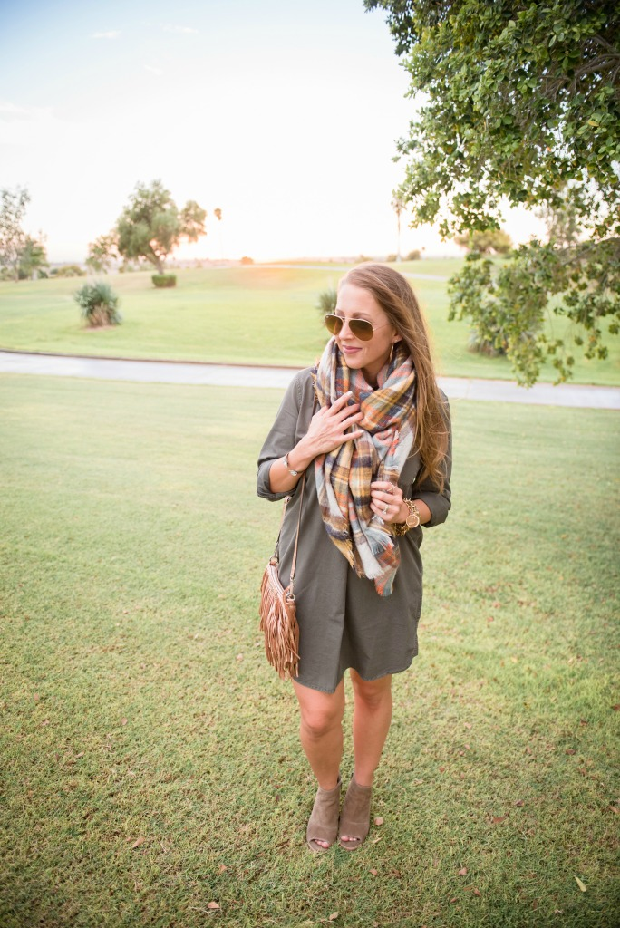 shirtdress-blanket-scarf-tassel-bag-booties-utility-dress-ray-ban-aviators-fall-look-2