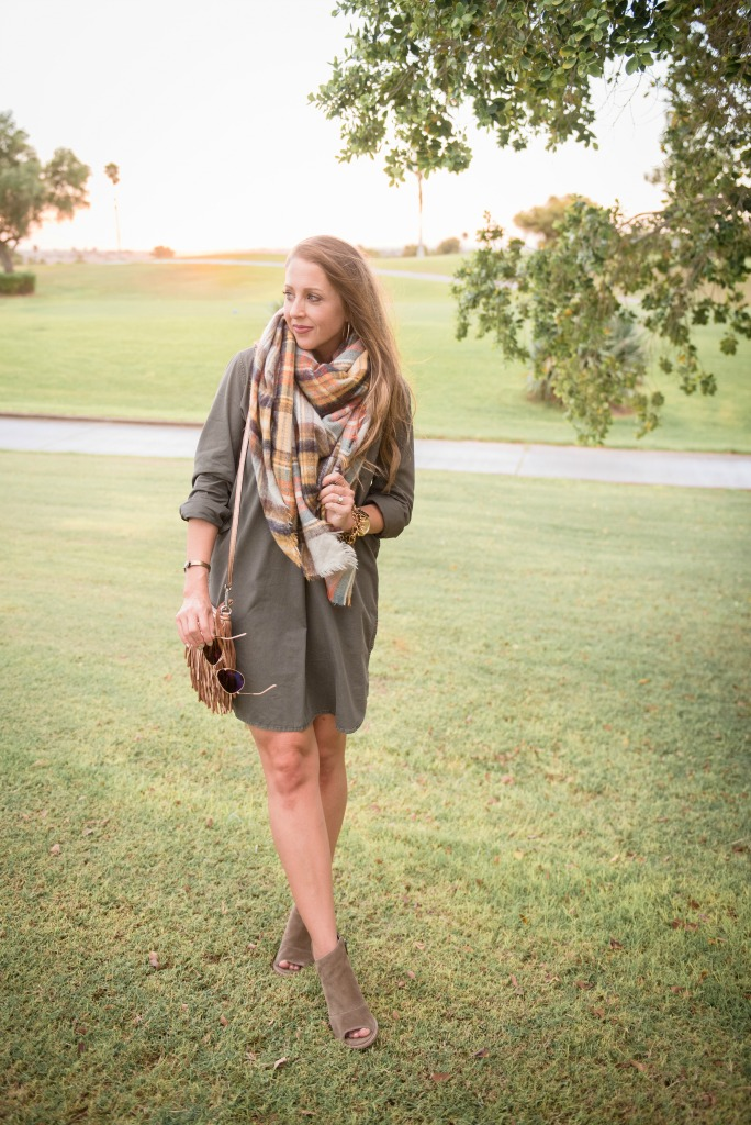 shirtdress-blanket-scarf-tassel-bag-booties-utility-dress-ray-ban-aviators-fall-look-4