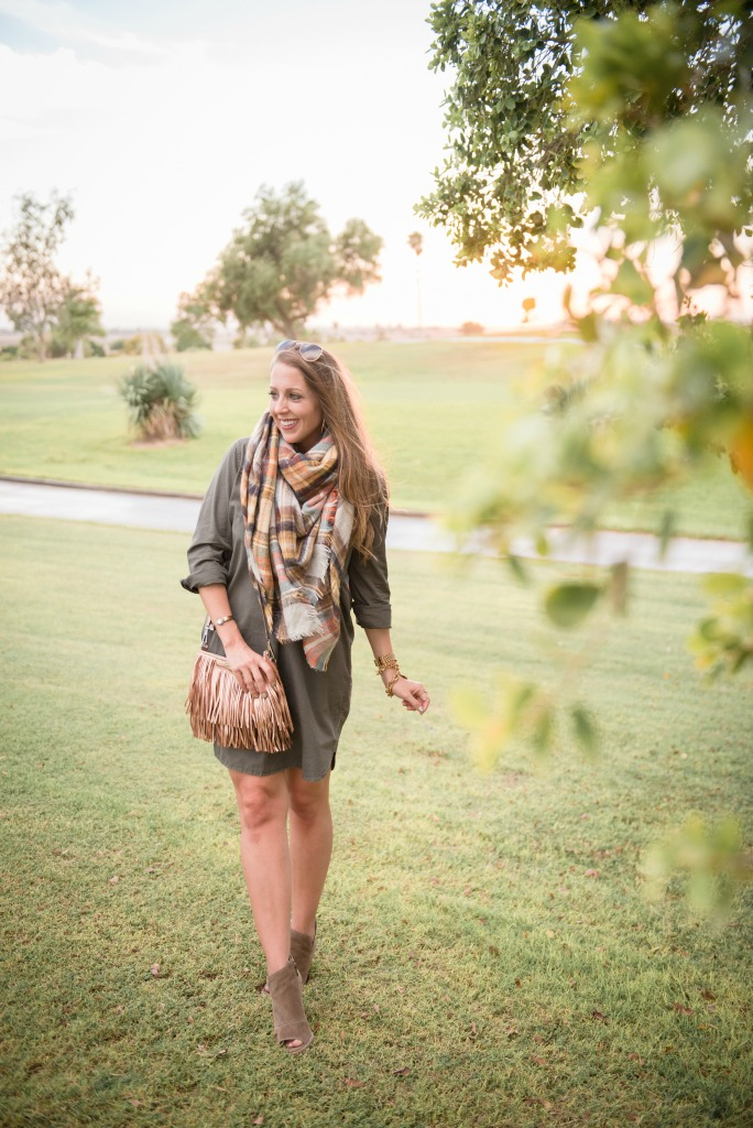 shirtdress-blanket-scarf-tassel-bag-booties-utility-dress-ray-ban-aviators-fall-look-5