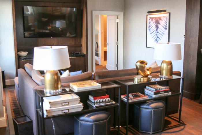 boston-park-plaza-presidentail-suite-living-room-1-of-1